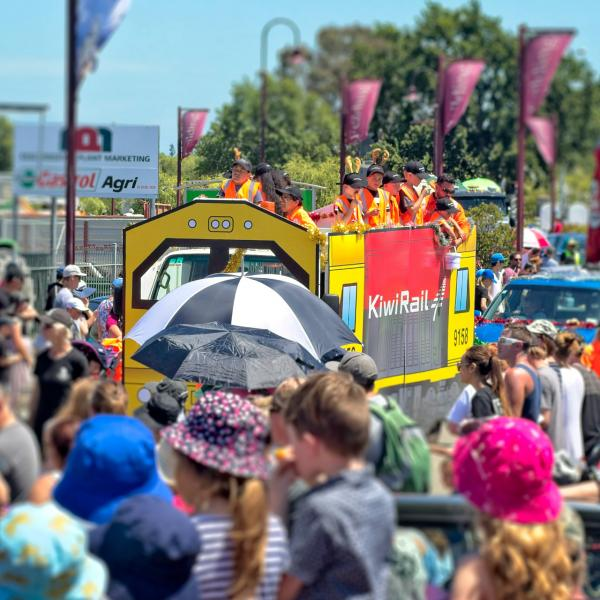 Kiwirail Christmas Float 2018